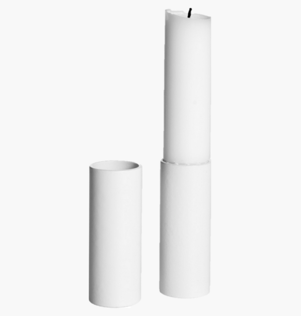Ljusstumpar ernst mellan vit