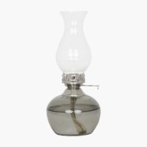 Fotogenlampa-lily-grå-strömshaga-600x628