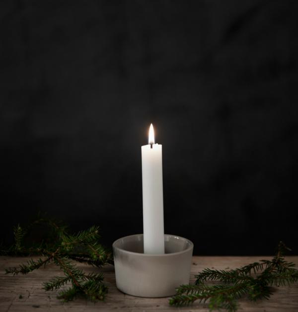 ljusskal-fran-ernst-design-för-kronljus