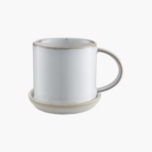 Vit kaffe och tekopp i stengods fran Ernst design