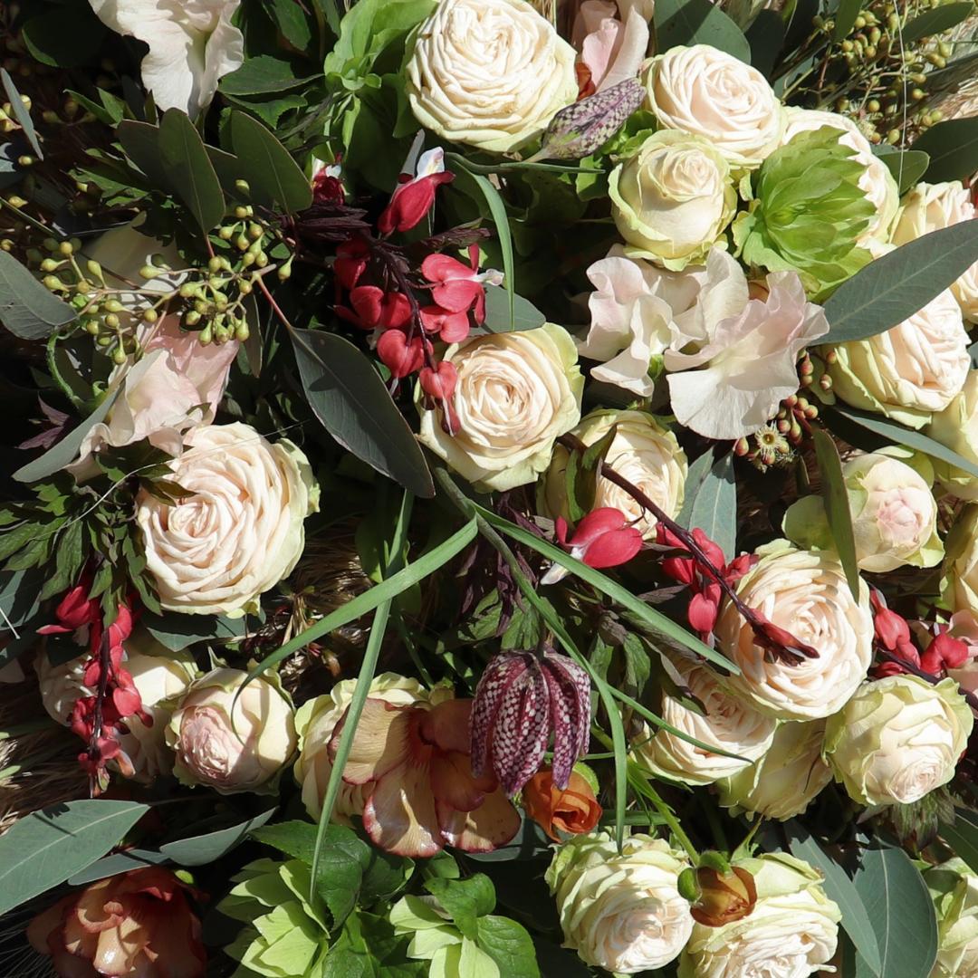 Fina blomsterbuketter fran Nilssonsblommor i Nassjo