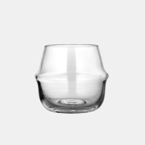 liten mysig glasvas i klarglas fran ernst design