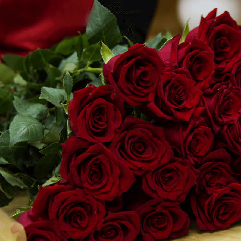 presenter och blomsterbuketter till nara och kara for speciella tillfallen