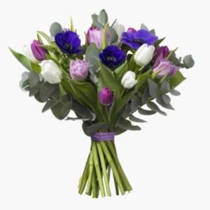 Rimfrost, en gudomligt harlig och fargstark blomsterbukett med tulpaner, anemoner, eucalyptus.